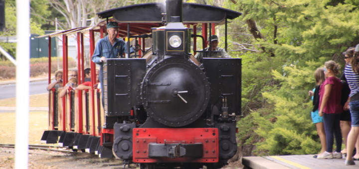Steam Train Rides at the Botanic Gardens